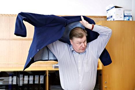 Rauman nykyisen kaupunginjohtajan virkasuhde loppuu ensi kesänä. Koski on ollut Rauman kaupunginjohtaja vuodesta 2012. Aiemmin hän oli Uudenkaupungin kaupunginjohtaja.