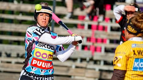 Manse PP:n Virpi Hukan akillesjännevamma päätti tamperelaisten kultaunelman viime kesänä. Hukka pelasi tiistain Tahko-kaudenavauksessa lyöjäjokerina.
