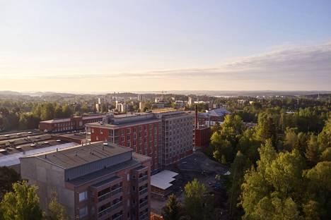Nokian kaupunki luovuttaa kilpailun perusteella kaksi kerrostalotonttia Rounionkadun ja Nansonkadun risteyksestä. Alueelle on jo rakennettu kolme uutta asuintaloa.