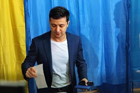 Volodymyr Zelenskyi kävi äänestämässä.