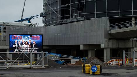 Tampereen uuden Uros-areenan avajaisia on määrä viettää joulukuussa. Tältä areenatyömaalla näytti 5. lokakuuta.