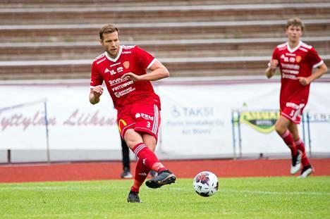 Eetu Setänen siirtyi FC Jazziin juuri Pallo-Iiroista.