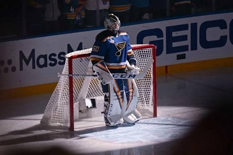 St. Louis Bluesin tulokasvahti Jordan Binnington on jäänyt Tuukka Raskin varjoon Stanley Cupin finaaleissa.