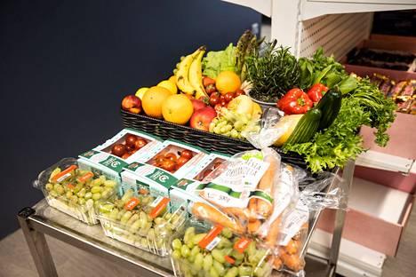 Puodissa on saatavana myös vaihtuva valikoima hedelmiä ja vihanneksia.