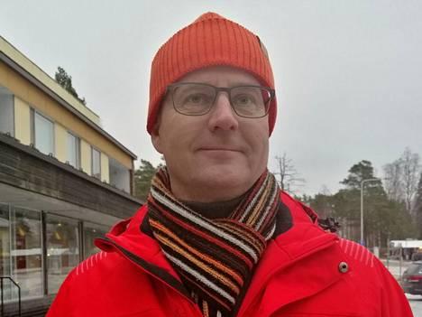 Kuva on viime vuoden marraskuulta, jolloin elinvoimapäällikkö Arto Kummala avasi Multian joulukauden.