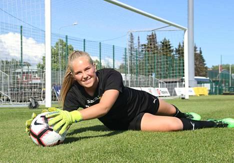 Milla-Maj Majasaari haluaa jatkaa myös ensi kaudella Tukholman AIK:ssa.