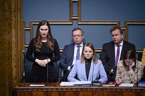 Pääministeri Sanna Marinin (sd.) esiintymiset ovat keränneet kiitosta.