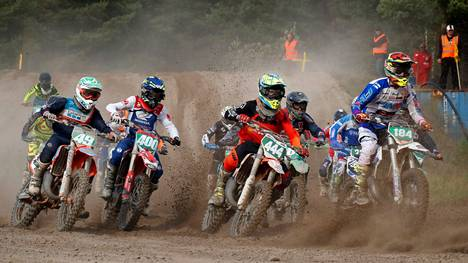 Motocross-liiga alkaa tulevana viikonloppuna Pesämäessä. Yleisö ei kuitenkaan koronarajoitusten vuoksi pääse kisakatsomoon.