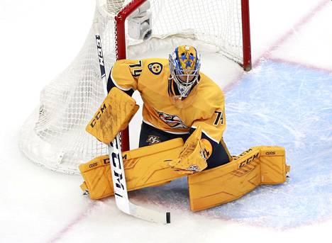 Juuse Saroksella on iso rooli tänä vuonna Nashville Predatorsin ykkösmaalivahtina NHL:ssä, kun seuralegenda Pekka Rinne lopetti uransa.