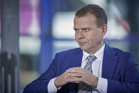 Kokoomuksen puheenjohtaja Petteri Orpo hyökkäsi torstaina SDP:n kimppuun eduskunnan kyselytunnilla.