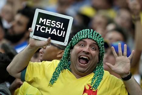 Brasilian fani toivotti Lionel Messille hyvästit Copa Americasta.