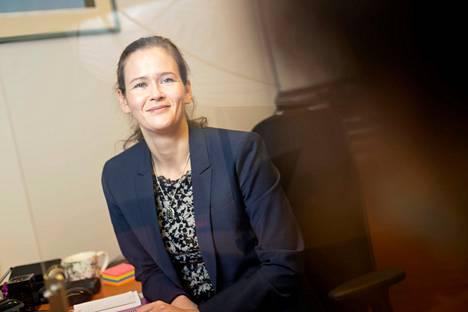 Heidi Widbom kannustaa ajattelemaan oman ja läheisten elämän turvaamista ajoissa.
