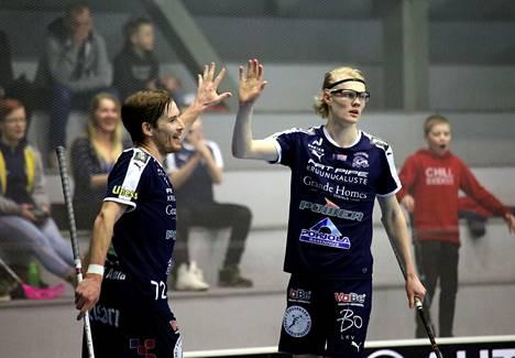 Henri Johansson (vas.) ja Joona Rantala olivat vauhdissa ylivoimalla.