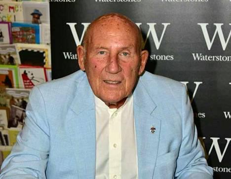 Sir Stirling Moss on poissa.
