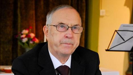 Matti Valkama tuli viljelijäksi Sääksmäen kirkonkylälle vuonna 1964. Kuvassa hän on 80-vuotiaana vuonna 2017.