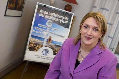 Suomen matkailualan liiton toimitusjohtaja Heli Mäki-Fränti sanoo, että hän ei ole koskaan nähnyt mitään vastaavaa matkailualalla kuin korona-viruksen seuraukset.