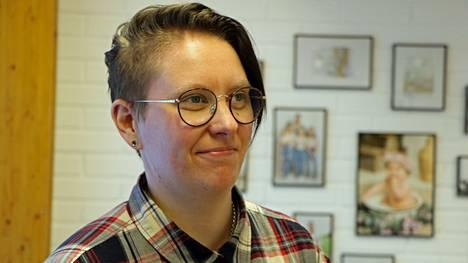 Katri Plaami työskentelee valokuvaamoyrittäjänä Harjavallassa.