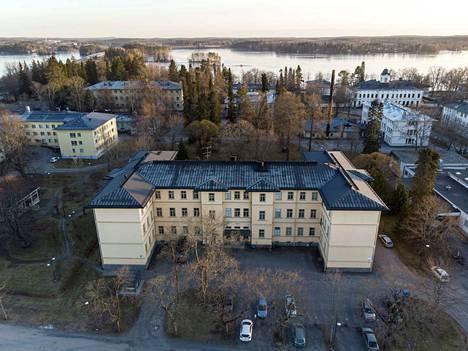 Pitkäniemi on Pirkanmaan suurin psykiatrinen sairaala.