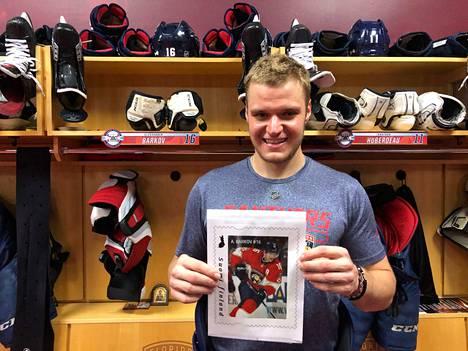 Alexander Barkov on tiettävästi ensimmäinen suomalainen NHL-kiekkoilija, joka saa oman postimerkkinsä.