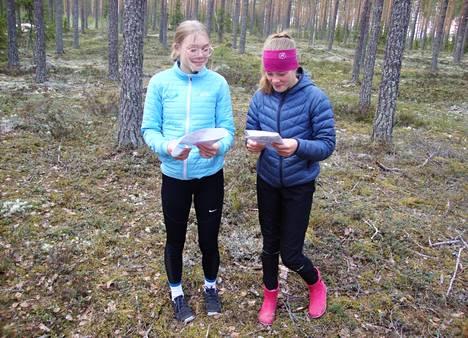 Karkiaisen sisarukset Helmi ja Hetaliina suunnistivat menestyksekkäästi heti  kauden avauskilpailussa Lapualla.