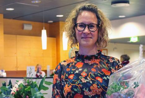 Vuoden MS-hoitaja Anu Frilander työskentelee Taysin neurologian poliklinikalla.