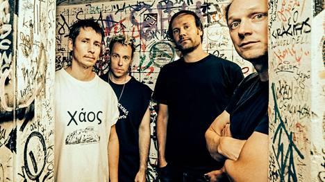 Moon Shot, eli Jussi Ylikoski, Ville Malja, Mikko Hakila ja Henri Seppälä, julkaisi viime perjantaina esikoislevynsä.