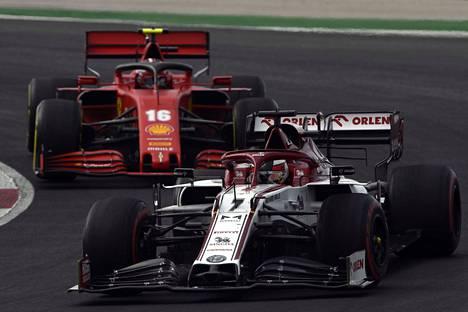 Kimi Raikkösen ohitusnäytös päättyi Charles Leclercin edelle ja kuudennelle sijalle.