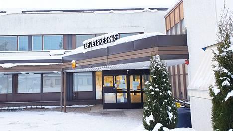 Thl:n ylläpitämän koronakartan tietojen päivittymisessä on ollut viiveitä tiistaina 23. helmikuuta. Keski-Suomen seututerveyskeskuksen koronarokotusajanvarauksen puhelinnumero on toistaiseksi suljettu.