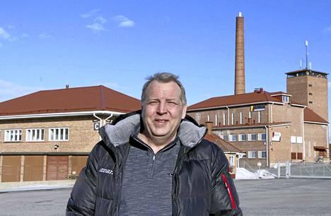 – Suomalainen tehtaanpiippu on ympäristöteko, sanoo keuruulainen eduskuntavaaliehdokas Harri Oksanen. Hän on ehdokkaana Perussuomalaisten listalla.