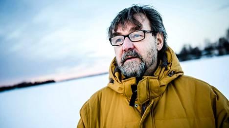 Luonnonvarakeskuksen petotutkija Ilpo Kojola.