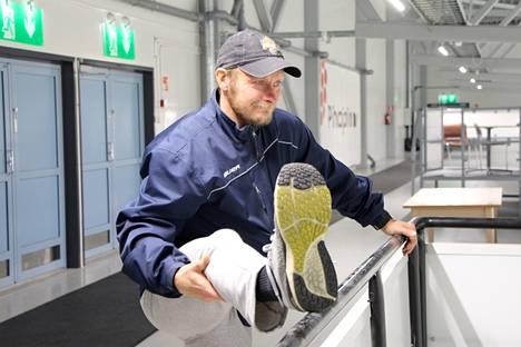 Koillis-Pirkan Kiekon kapteenilla Jani Leinosella on takanaan 464 pelattua II-divisioona peliä.