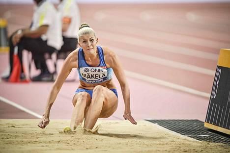 Kristiina Mäkelä oli viime vuonna Dohan MM-kisoissa kolmiloikan kahdestoista.