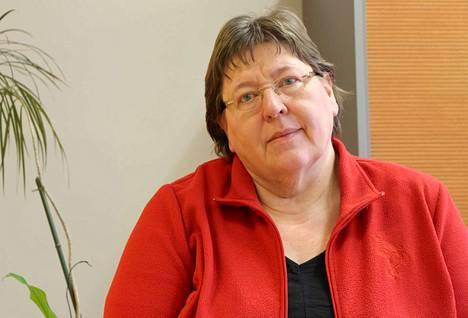 Kristillisdemokraattien eduskuntavaaliehdokas Eija Saarenmaa puolustaa heikommassa asemassa olevia.