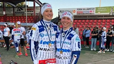 Kankaanpääläinen Tiia Peltonen ja Pomarkusta kotoisin oleva Kaisa Viitala edustivat Porin Pesäkarhuja tyttöjen Itä-Lännessä.
