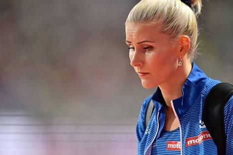 Kristiina Mäkelä koki voimakkaan tunnemyrskyn loikan MM-finaalin jälkeen.