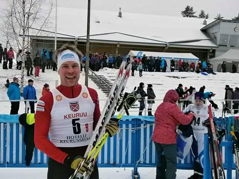 Matti Aalto on hiihtänyt 20 talvea SM-hiihdoissa. Ylitorniolla M35-sarjalaisen viisikymppinen päättyi  58 .sijalle.