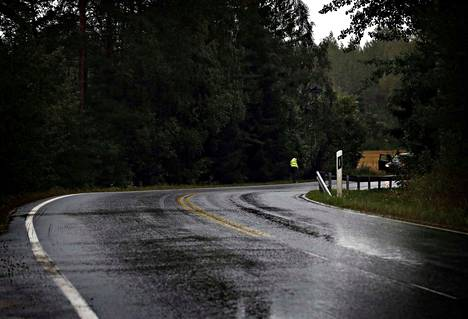 Kodisjoentien onnettomuuspaikalla on jyrkkä mutka.