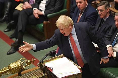 Boris Johnson puhui Lontoon parlamentissa keskiviikkona.
