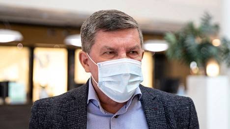 Taysin johtajaylilääkäri Sand ei osaa sanoa, kuinka kauan leikkaussaleja joudutaan pitämään suljettuina. –Pyrimme myös kaiken aikaa rekrytoimaan työntekijöitä sinne, missä on vajetta.