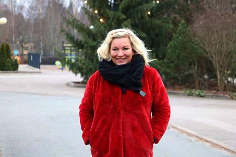 Janakkalan Yrittäjien puheenjohtaja Petra Pulkkinen iloitsee yhdistyksen finaalipaikasta.