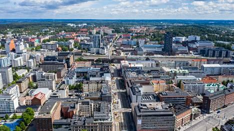Tampereella mitattiin elokuussa 7,2 prosentin hinnannousu vanhoissa osakeasunnoissa. Tampereen keskusta on kuvattu kesäkuussa 2019.