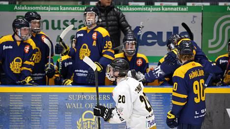 Marko Virtasen valmentama Lukko käy kolmannen kerran viikon sisällä Oulussa. Nyt panokset ovat huipussaan.