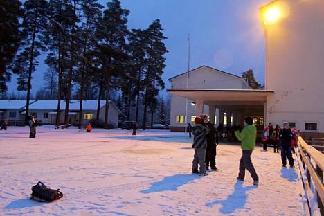 Kiikan koulun alueella syntyi viime vuonna 7 lasta. He aloittavat koulunsa syksyllä 2027.