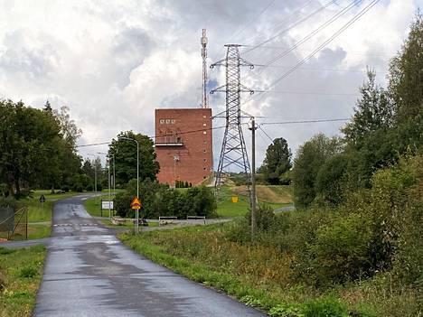 Kokemäen sähkökatko johtui kantaverkossa olleesta viasta, mutta sähkönjakelun palauttamista hidasti Kolsin voimalaitoksella havaittu vika.