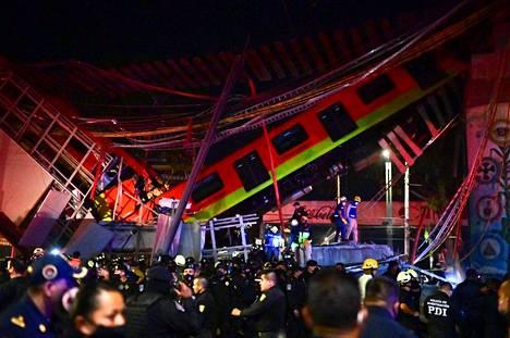 Meksikon pääkaupungissa Méxicossa sattui tuhoisa metro-onnettomuus maanantai-iltana paikallista aikaa ja tiistaiaamuna Suomen aikaa.