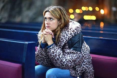 Krista Kosonen esittää Miami-elokuvassa showtanssija Angelaa.