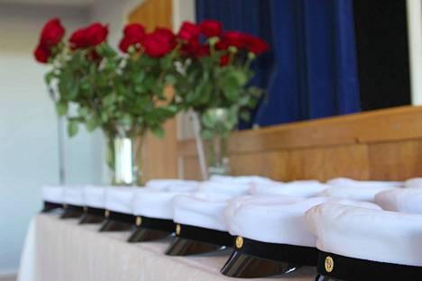 Osa ylioppilaista on jo juhlinut, mutta virallisesti valkolakki painetaan päähän la 28. elokuuta kello 10 alkavassa juhlassa.