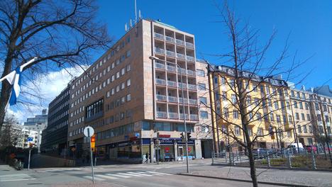 Satakuntatalo sijaitsee Helsingin Kampissa.