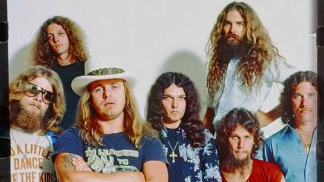 """Alkuperäinen Lynyrd Skynyrd oli muutakin kuin Sweet Home Alabamaa ja Free Birdiä. Teemalauantai kertoo """"7 puolihullun"""" tarinan."""