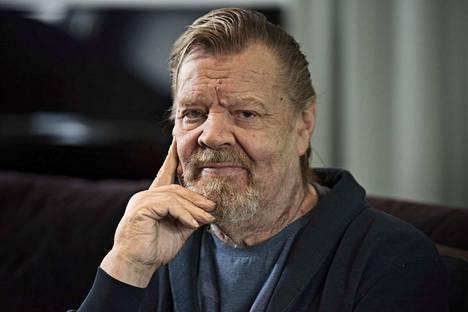 Vesa-Matti Loiri syntyi Helsingin Naistenklinikalla 4. tammikuuta 1945.